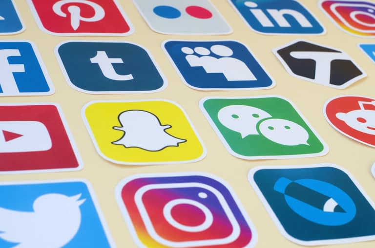 Social media campaigns to promote affiliate products